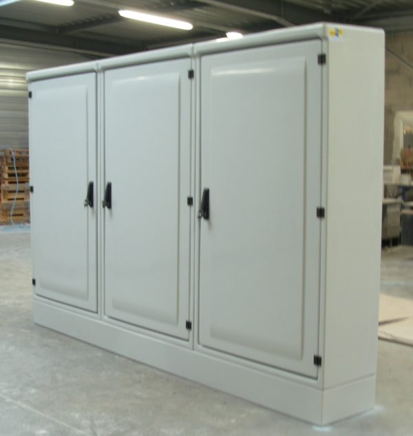 Armoires grandes tailles polyester MAXI EURO triple 3